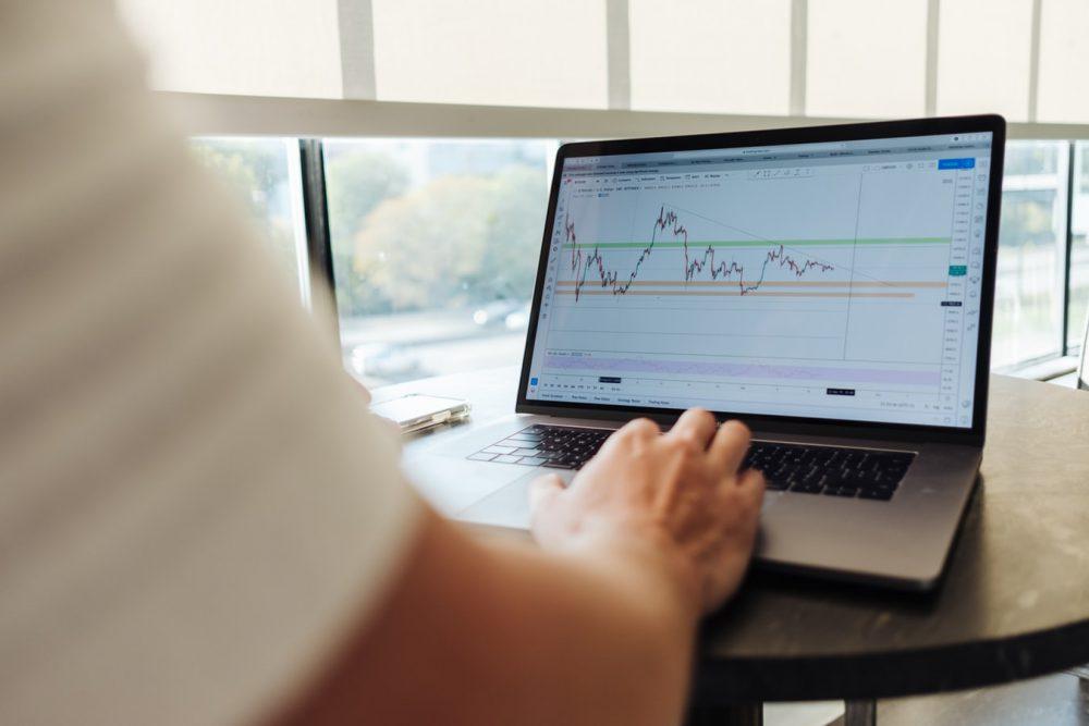 Đầu tư chứng khoán nên bắt đầu như thế nào?