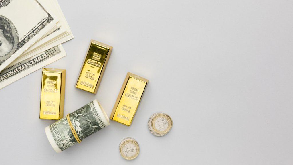 Đầu tư vàng có tốt không? Những kinh nghiệm cần biết khi đầu tư vàng để không bị lỗ