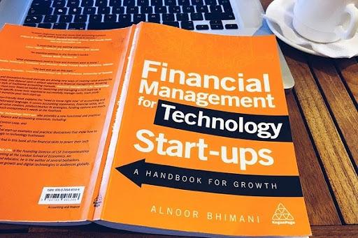 5 Cuốn sách quản lý tài chính cá nhân giúp bạn thay đổi tư duy về tiền