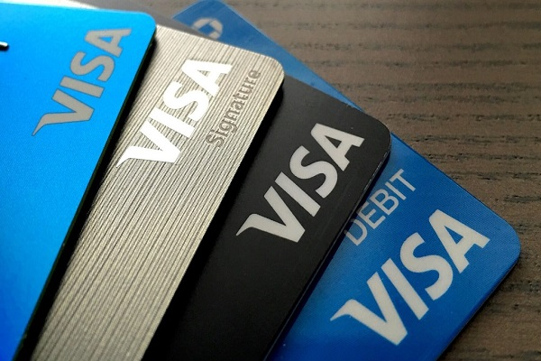 the-visa-debit-va-credit